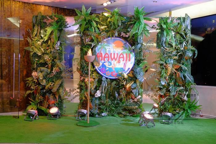 """Фотозона """"Гаваи Пати"""" с вертикальными зеркалами"""