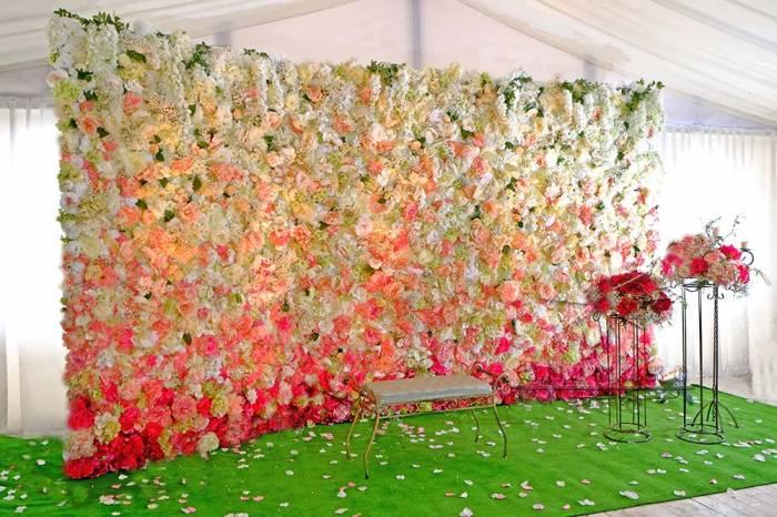 """Фотозона из текстильных цветов """"Летний сад"""""""